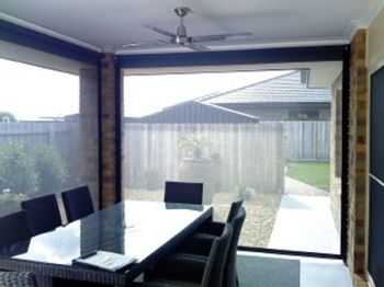 eZip Blinds to enhance your Outdoor Entertaining Area